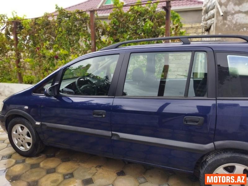 Opel Zafira 8800 2000